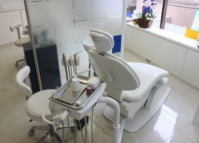 診療スペースは明るく開放的なつくりです。