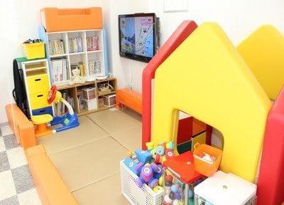 キッズスペースにはお子様の喜ぶおもちゃを置いています。