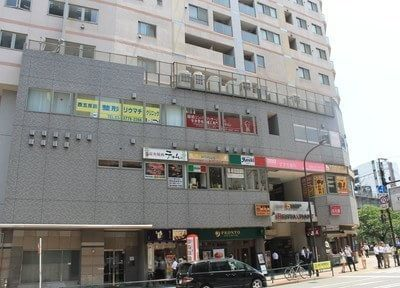 五反田駅西口より徒歩1分、すずき歯科五反田Gタワークリニックです。