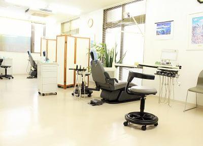 診療室です。広々とした空間です。
