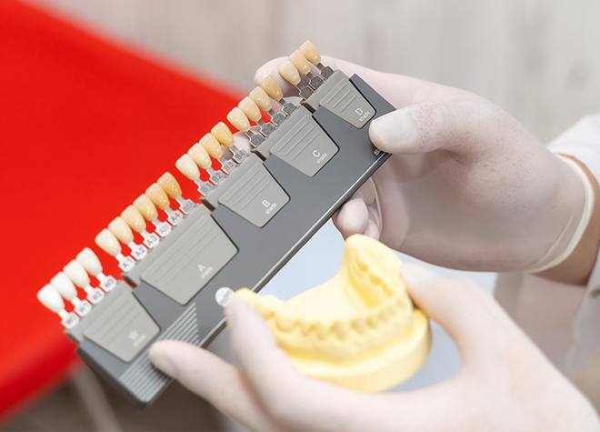 歯科技工士常駐!こだわりたい方は、直接相談しながらつめ物・かぶせ物の作製が可能です。