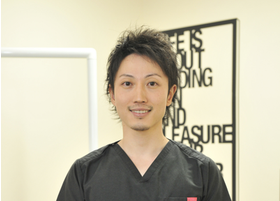 岡崎エルエル歯科・矯正歯科 小池 陵馬 先生 歯科医師 男性