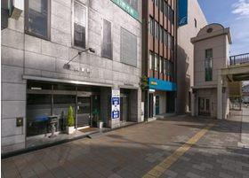 当院は西鉄久留米駅から徒歩2分の場所にあります。