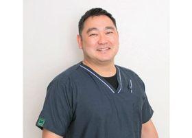 えがしら歯科 歯周・インプラント 鈴木 秀和 副院長 歯科医師 男性