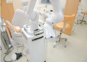 こちらの機器を用いて、院内の感染予防を行っております。