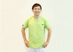 若泉歯科クリニック 若泉 学史 院長 歯科医師 男性