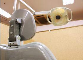 私たち歯科医師の役割は、歯の知識を患者様に伝えることですから、丁寧にご説明を行っていきます。