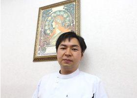 阪田歯科医院 阪田 俊智 院長 歯科医師 男性