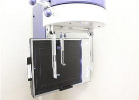 最新の機器を使用してより高度な口腔内の状況を把握することができます。