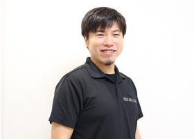 YOURS ORAL CLINIC 三宮 斉藤 進之介 院長 歯科医師 男性