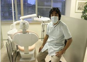 南台歯科医院 色川 敦士 院長 歯科医師 男性