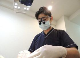 患者様のお口の状態を把握したのちに、真摯かつ丁寧に治療を進めております。