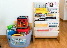 お子様用のおもちゃや、雑誌・新聞などもご用意していますので待ち時間などにご利用ください。