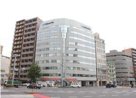 当院が入るビルは、広島県広島市の南区にある金屋町2丁目15番地にあります。
