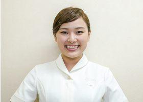 ひしだ歯科クリニック ホワイトエッセンス吹田 甲斐 梨沙 歯科衛生士 歯科衛生士 女性