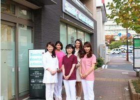 明るいスタッフが笑顔で患者さまをお迎えいたします。