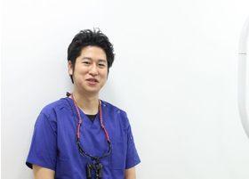 ミント歯科 直江 翼 院長 歯科医師 男性