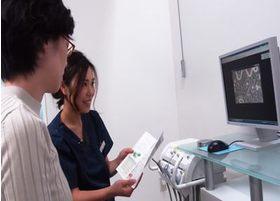 細菌検査を行うことで、お口の中にいる細菌の確認したうえでの対応が可能です。