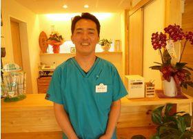 おかだ歯科クリニック 先生  歯科医師 男性