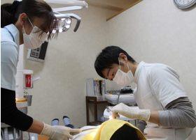 患者さまにぴったりフィットする入れ歯をお作りします