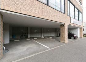当院の下にも駐車場をご用意しております。