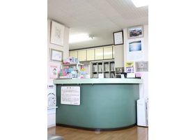 初診の場合や月初めの際には、保険証の提出をお願いします。