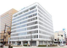 当院はこちらのビルの2Fです。