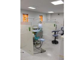 一般的な歯科診療をはじめ、小児歯科、ホワイトニング、歯周病治療、インプラントなど対応しております。