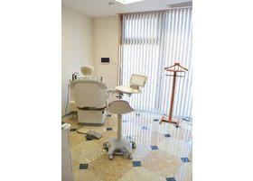 診療室は広めのスペースになっています。