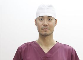 やすま歯科クリニック 安間 信之介 院長 歯科医師 男性