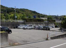 駐車場はゆったりとしています。