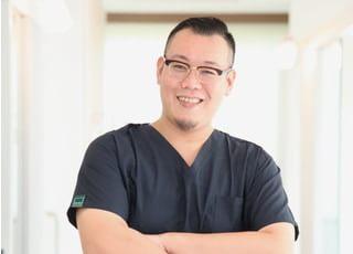 くりさき歯科・こども歯科 栗崎 新也 先生 歯科医師 男性