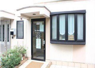 岡歯科医院は新三河島駅から徒歩1分のところにあります。