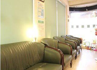 待合室です。診療の前後はこちらでお待ち下さい。