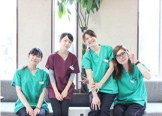 ホワイトパール歯科医院のスタッフです。患者様を笑顔でお迎え致します。