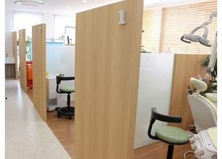 診療室は個室制になっています。