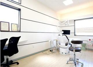 個室制の診療室です。プライベート空間をお楽しみください。