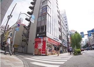 当院が入るオークラビルは、東京都品川区の西五反田1丁目32番地11号に位置しております。