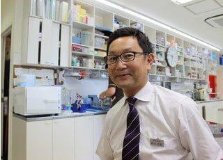 鈴木院長は患者様が気持ちよく受けられる治療を考えています。