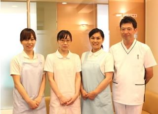 患者様の恐怖心や不安などを解消できるよう、優しい歯科医院を心がけてお待ちしております。