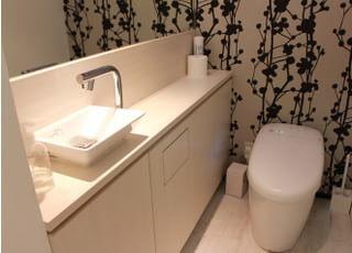 清潔に保たれたお手洗いです。