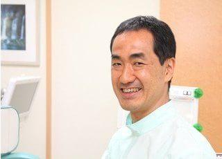 院長の本田 勝義です。患者様とのコミュニケーションを大切に、丁寧な治療を行います。