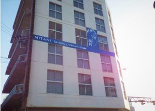 当院は徳島市南昭和町にございます。ビルの1階からエレベーターで4階までお上がりください。