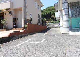 駐車場もご用意していますので、お車でお越しの方はご利用ください。