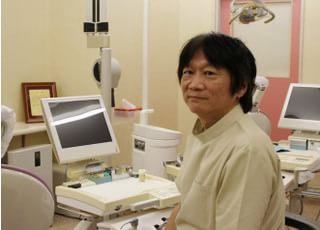 西山歯科 先生 歯科医師 男性