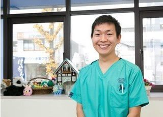 田中歯科医院に勤務している國松 聖志です。