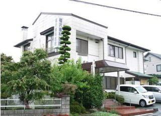 市田駅より徒歩6分です。専用駐車場ございます。