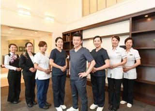 中央歯科医院_患者さんの治療後の未来を考えて、総合的にお口の中を診る治療に取り組みます