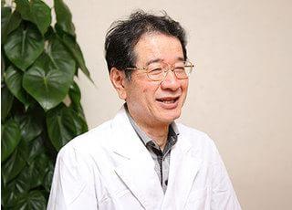 漆沢歯科医院 先生   男性
