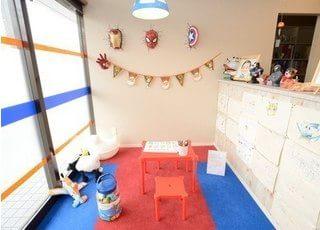 キッズルームを設置していますので、お子様連れのお母様でもお気軽にご来院いただけます。